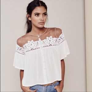 For Love and Lemons Lace & Mesh Blouse 🍋💕